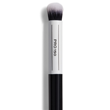 Image of   Makeup Revolution Pro 150 Small Domed Fluffy Brush