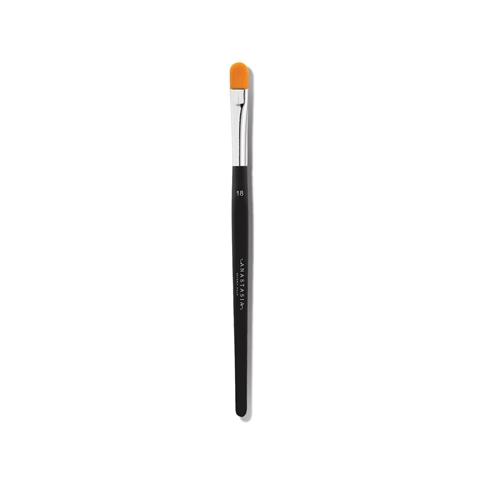 Image of Anastasia Beverly Hills Brush 18 - Precise Conceal Brush